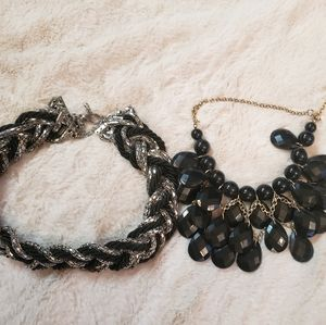 2 necklaces choker and tear drop bobble style